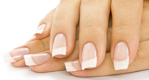 French Manicure Nu00e4gel Mit Nailart / Nageldesign